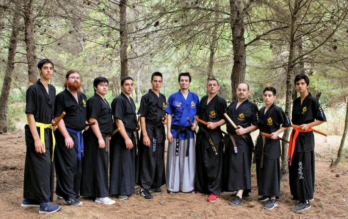 Entrenament a la muntanya de l'escola Lee Young Badalona